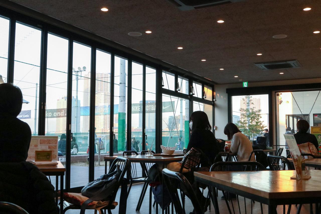 MIFA Football Cafeは暇つぶしにも便利